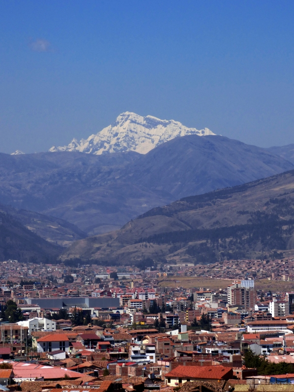 The Andes lie right over Cusco. Cusco itself is at 12,000 feet in elevation.